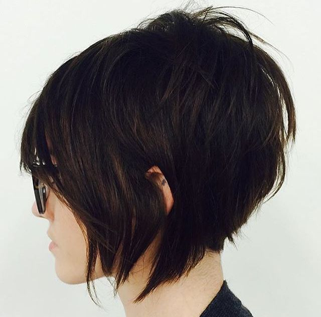 A Look at Bob Cut Hairstyles Today