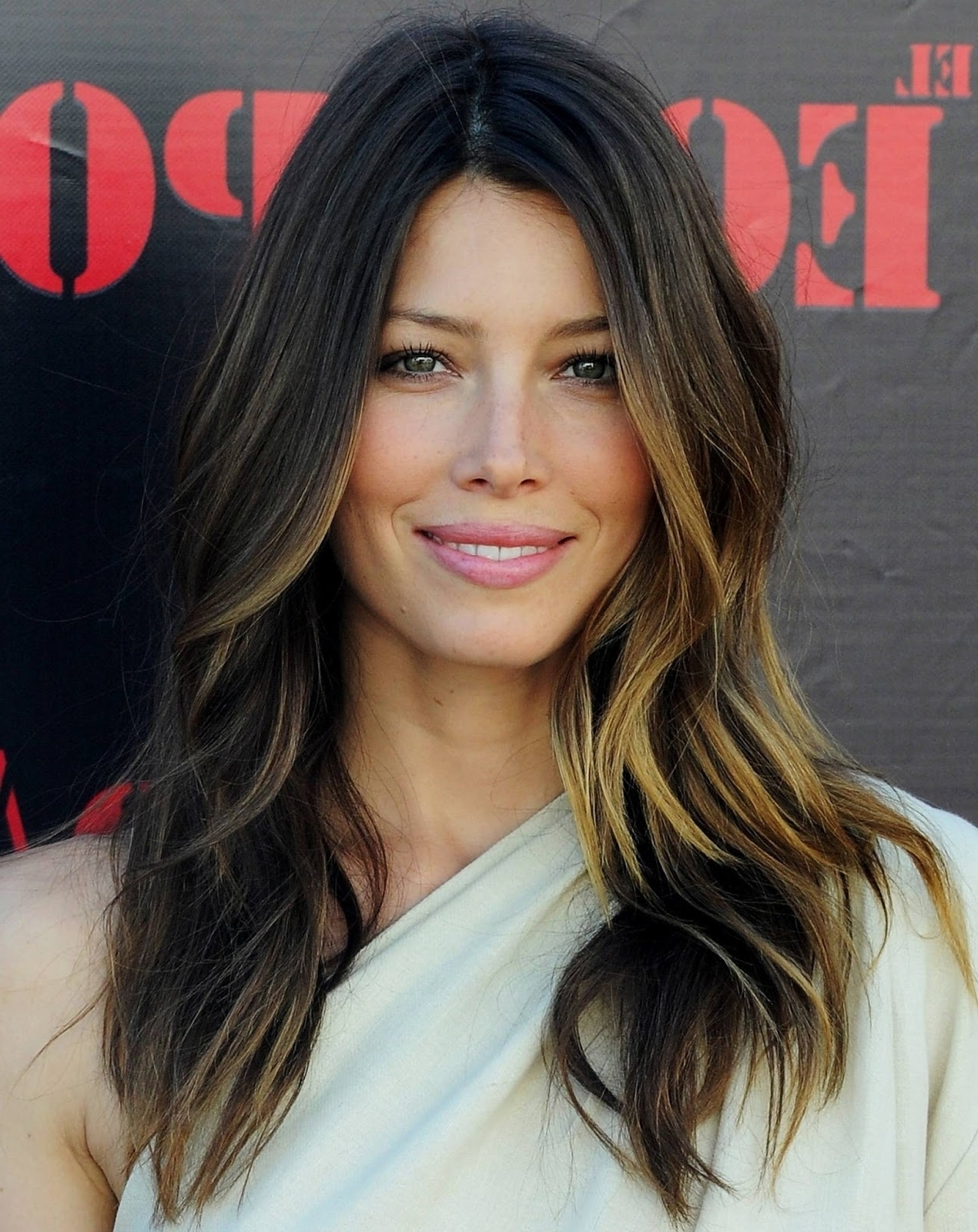 Celebrity Long Layered Hairstyles | Hair Highlights