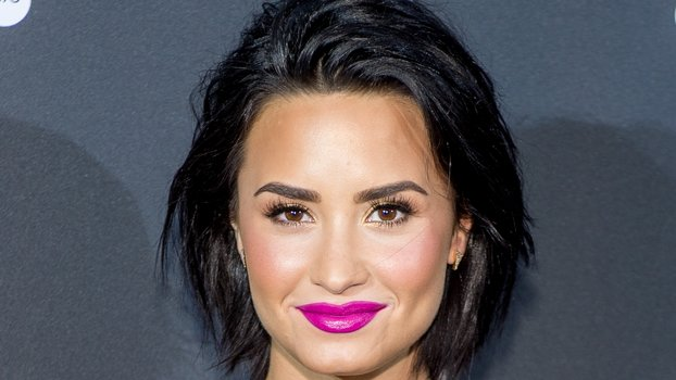 demi lovato new hair style demi lovato hairstyles hair highlights 7290