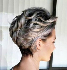 short haircuts with highlights for blonde hair